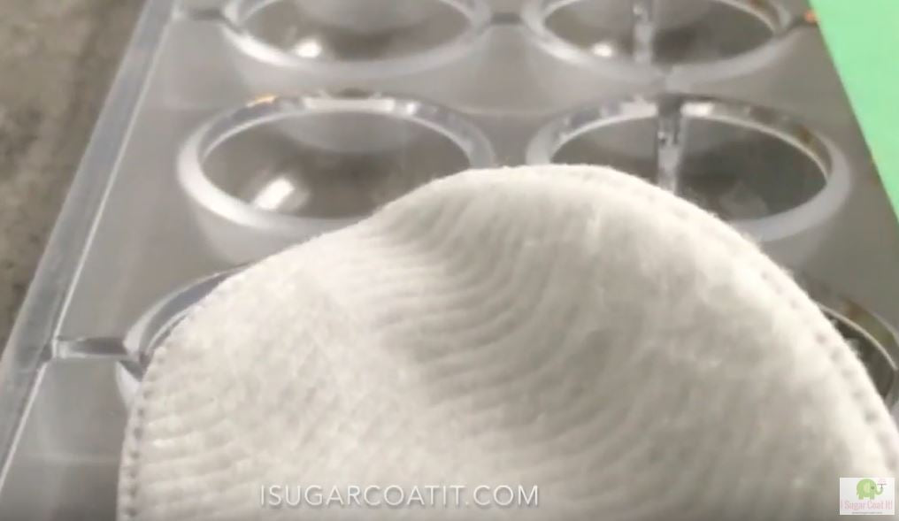 Cleaning Chocolate Molds