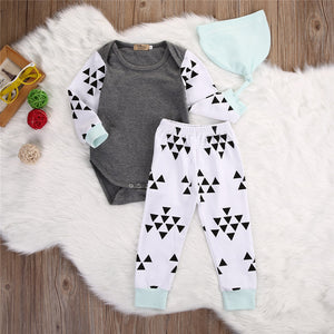 Triangle Print three piece set