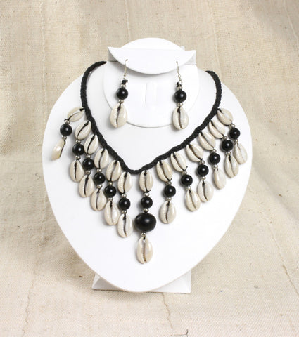 Cowrie Shell Jewelry Set