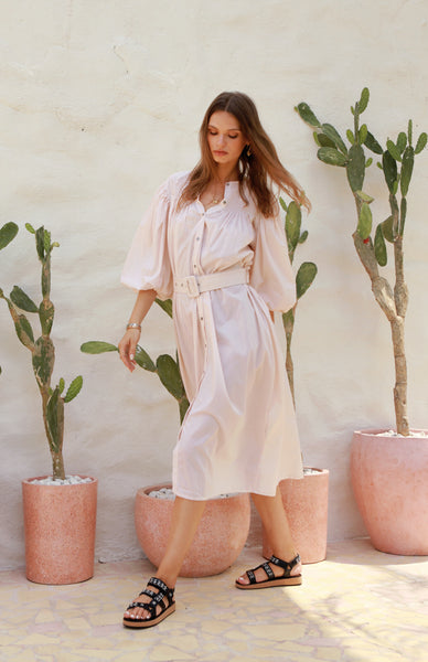 Siena - Maxi Puff Dress with Shirring and Belt in Marshmellow