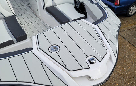 SeaDek Anchor Locker Mat Yamaha 25 Foot Sport Boat (2021-Current)