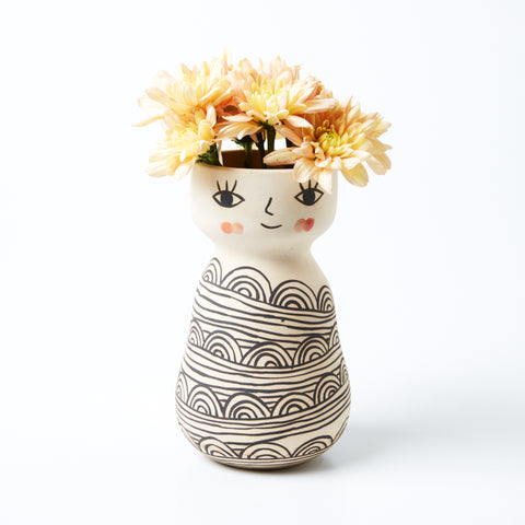 MISS COZETTE VASE