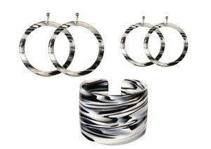 Paris Mode Tigre Blanc in Earrings, Cuffs and Bangles