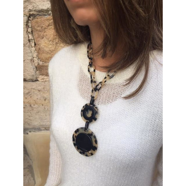 Crops Necklace in Dark Tortoi Shell