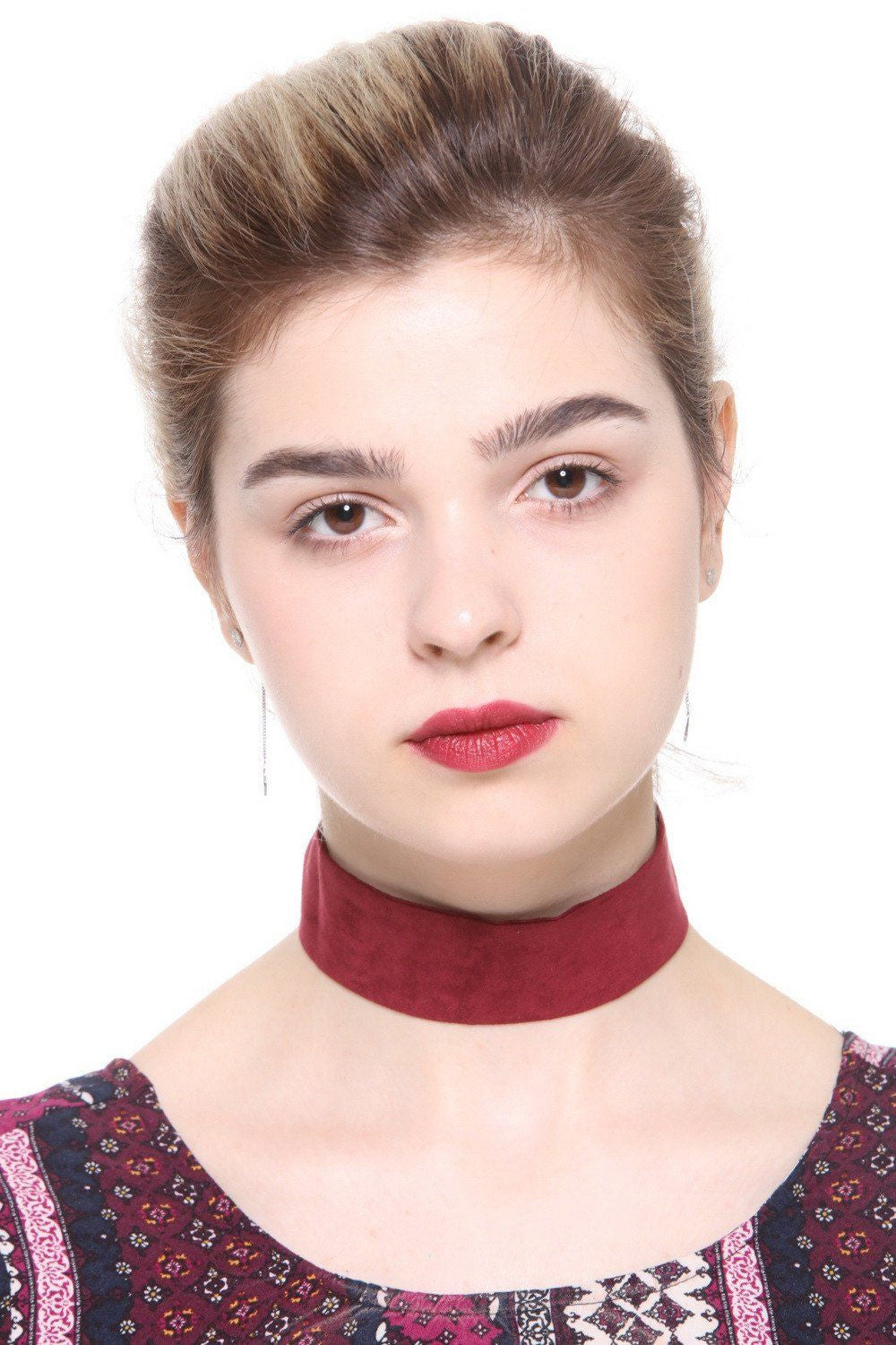Red Faux Suede Wide Choker - Ciduire