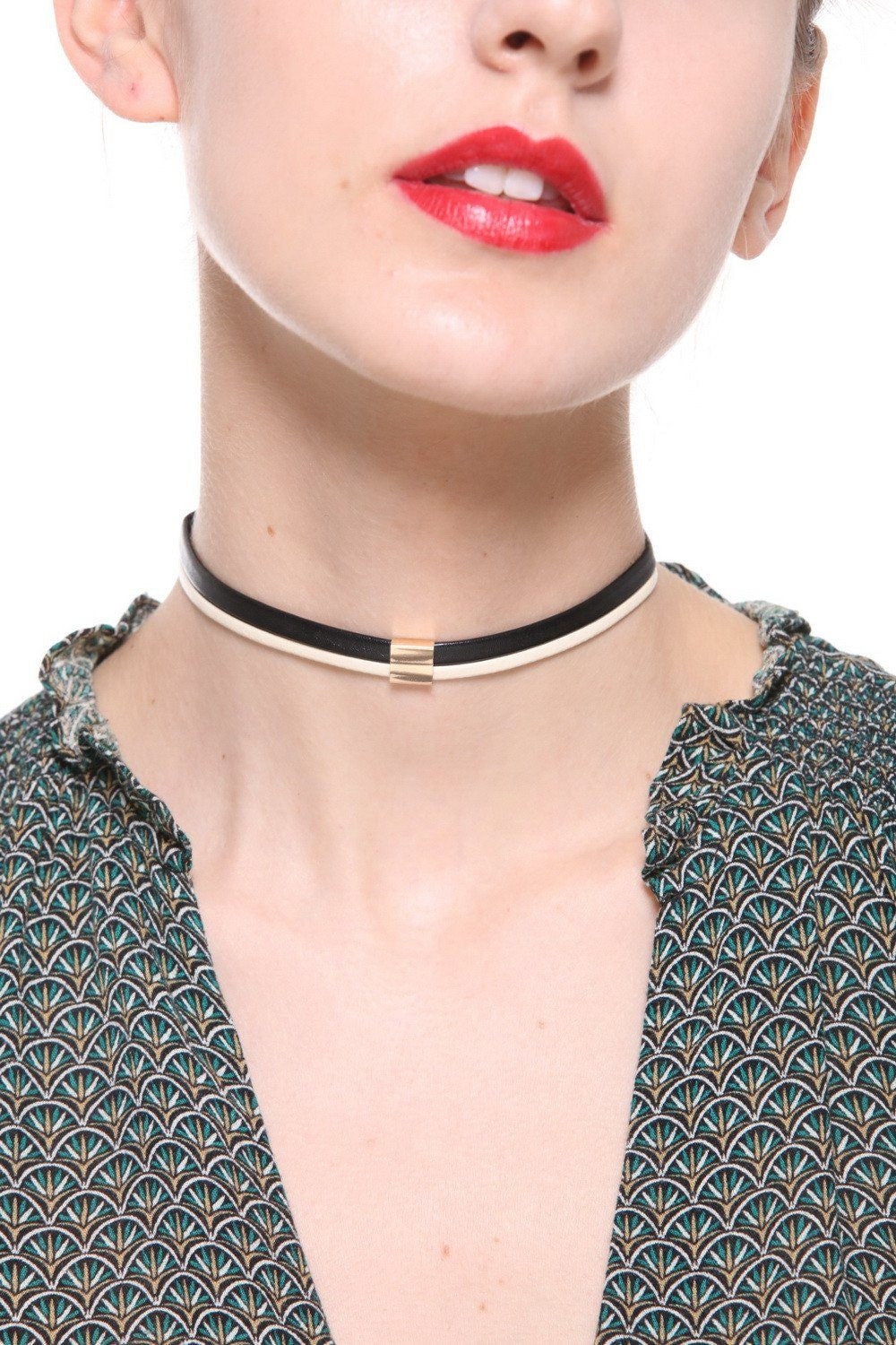Faux Leather Black And White Choker - Ciduire