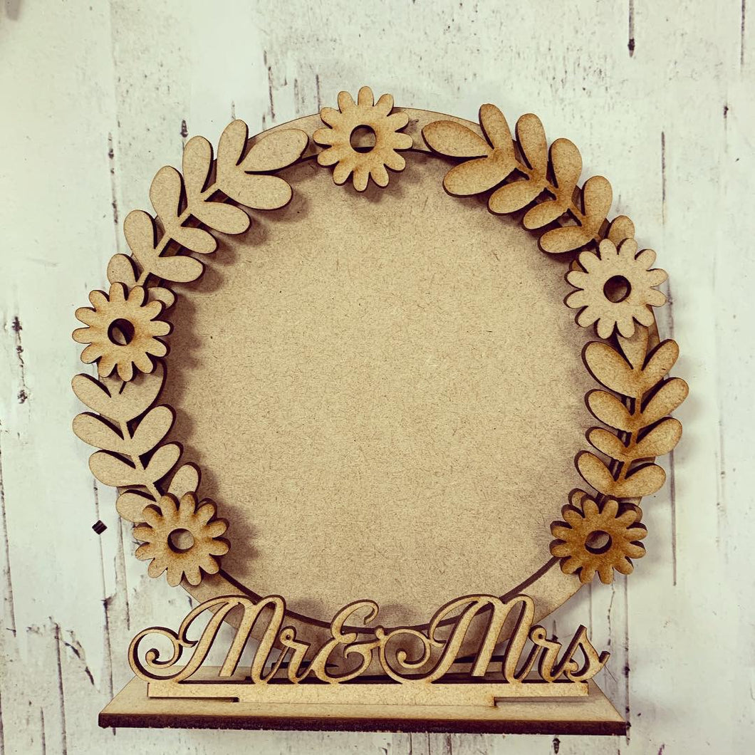 CF015 - MDF Daisy Themed Personalised Freestanding Circular Photo Frame