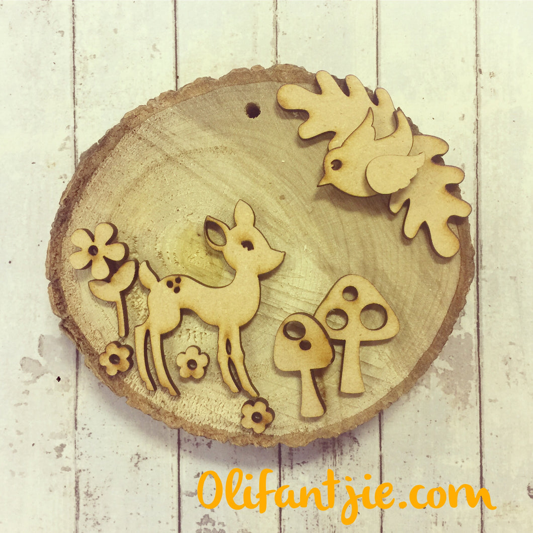OL237 - MDF Woodland Deer with Natural Wood Slice - Olifantjie - Wooden - MDF - Lasercut - Blank - Craft - Kit - Mixed Media - UK