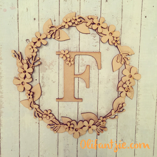 W019 - MDF Retro Flower - Initial Wreath
