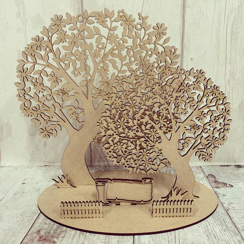 Ol347 - Freestanding Family Tree