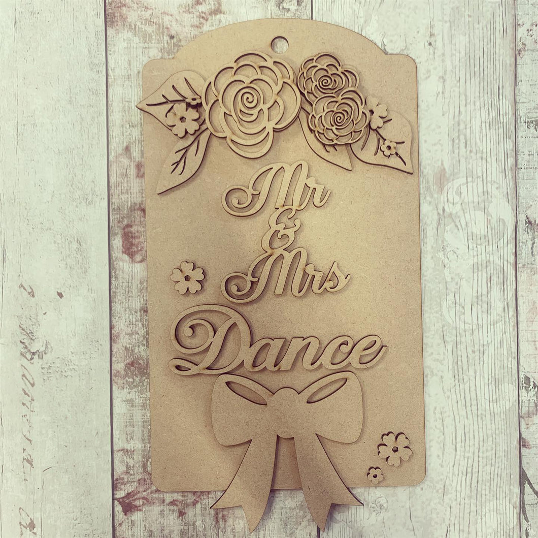 DT004 - MDF Large Hanging Door Tag / Luggage - Large Bow & Flowers