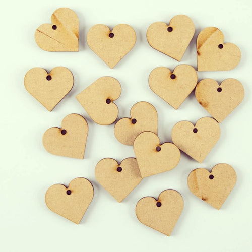 AO002 - 16 3cm Hearts - with hole