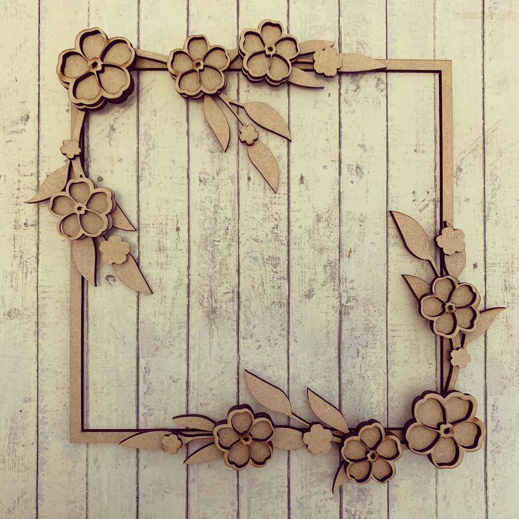 SW019 - MDF Forget Me Not - Full Corner Square Floral Wreath