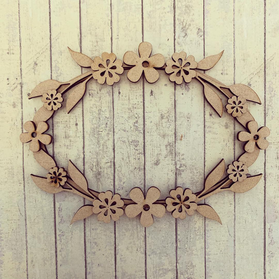 W038 - MDF Retro Flower - Floral Wreath