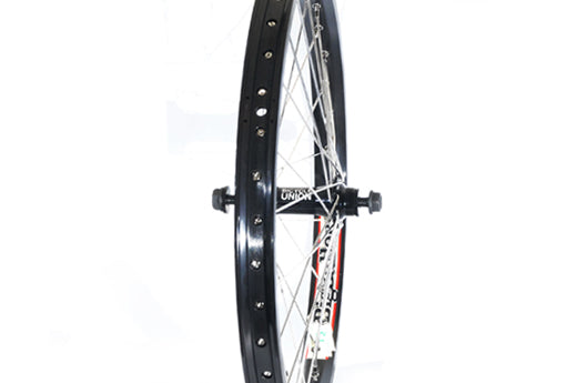 bicycle-union-front-hub-on-sun-big-baller-rim