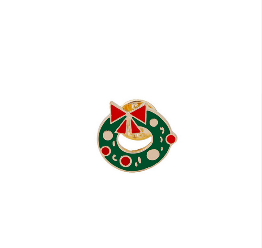 Christmas Wreath Enamel Pin - nobby