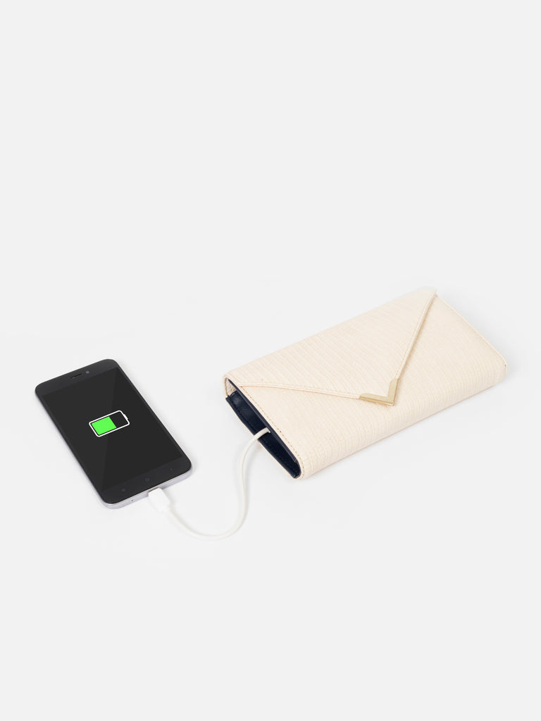 White Textured Wallet with Metal Detail - nobby