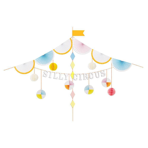 Silly Circus Garland Kit - IMAGINE Party Supplies