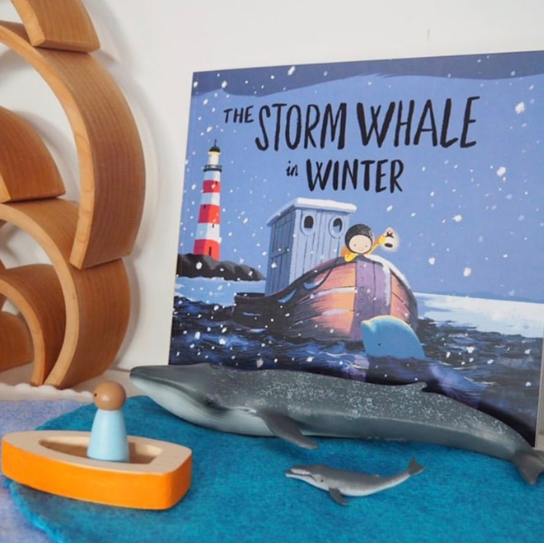 'Winter' Many Hands - Inspire Book Box