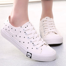 Prettymia Spring Lace Up Casual Canvas Shoes