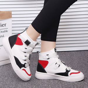 Prettymia Flat Buckle Round Toe Sneakers
