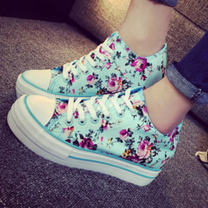 Prettymia Elevator Heel High Top Flowers Canvas Shoes
