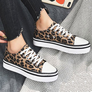 Prettymia Leopard Lace Up Round Toe Canvas Shoes