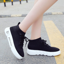 Prettymia Breathable Round Toe Lace Up Sneaker