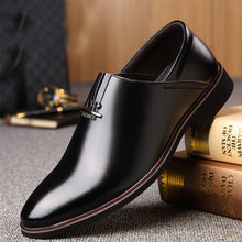 Prettymia Letter Leather Business Korean Version Men's Dress Shoes
