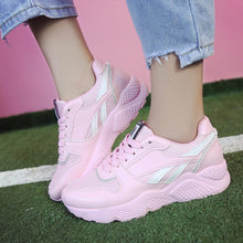 Prettymia Lace Up Round Toe Mixed Color Platform Sneakers