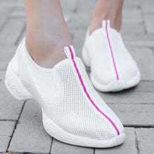 Prettymia Slip On Round Toe Mesh Sneakers