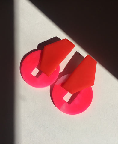 The Elva Earrings Red & Pink
