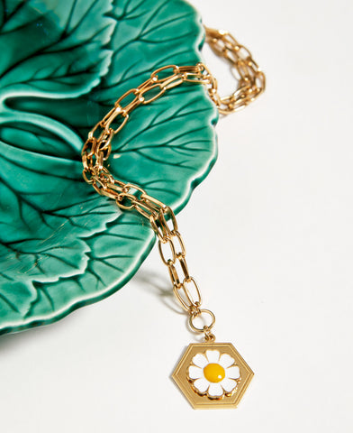 Wilhelmina Garcia Gold Daisy Necklace