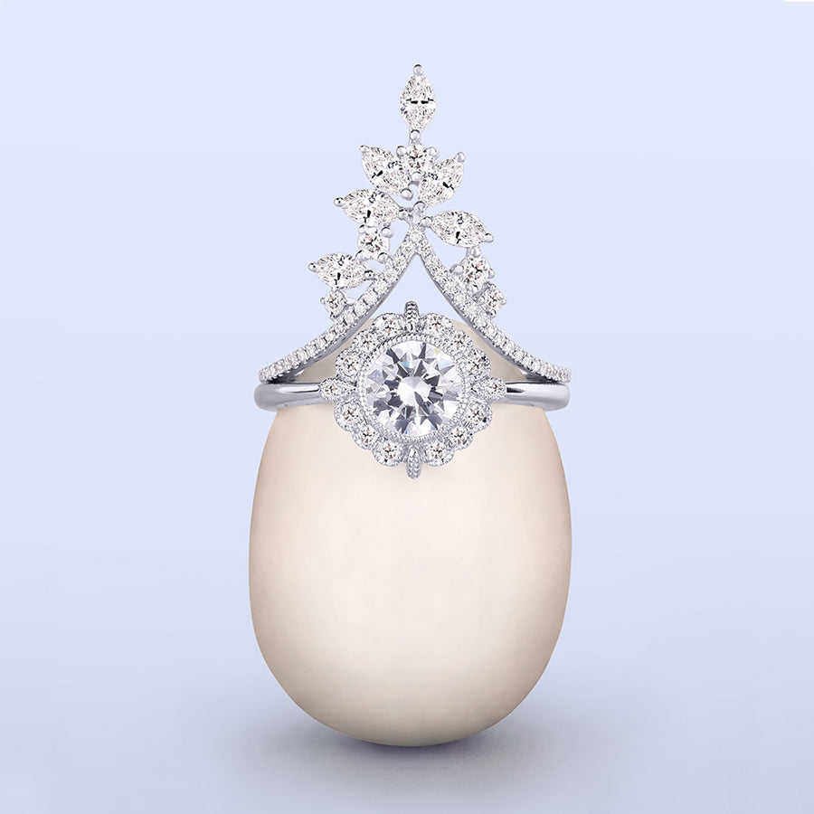 Little bird bridal ring on egg.