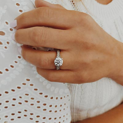 Henne Engagement Diamond Accent Link