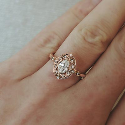 Henne Engagement Vintage Inspired Link