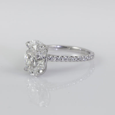 18K White Gold New Aire 2.61ct Oval Diamond Engagement Ring With Diamond Setting