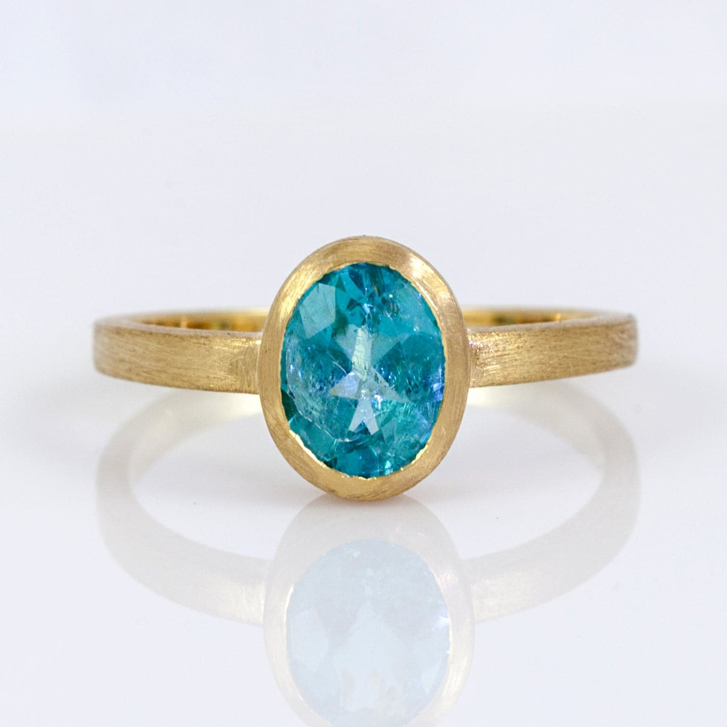 Nina 18K Yellow Gold Apatite Ring