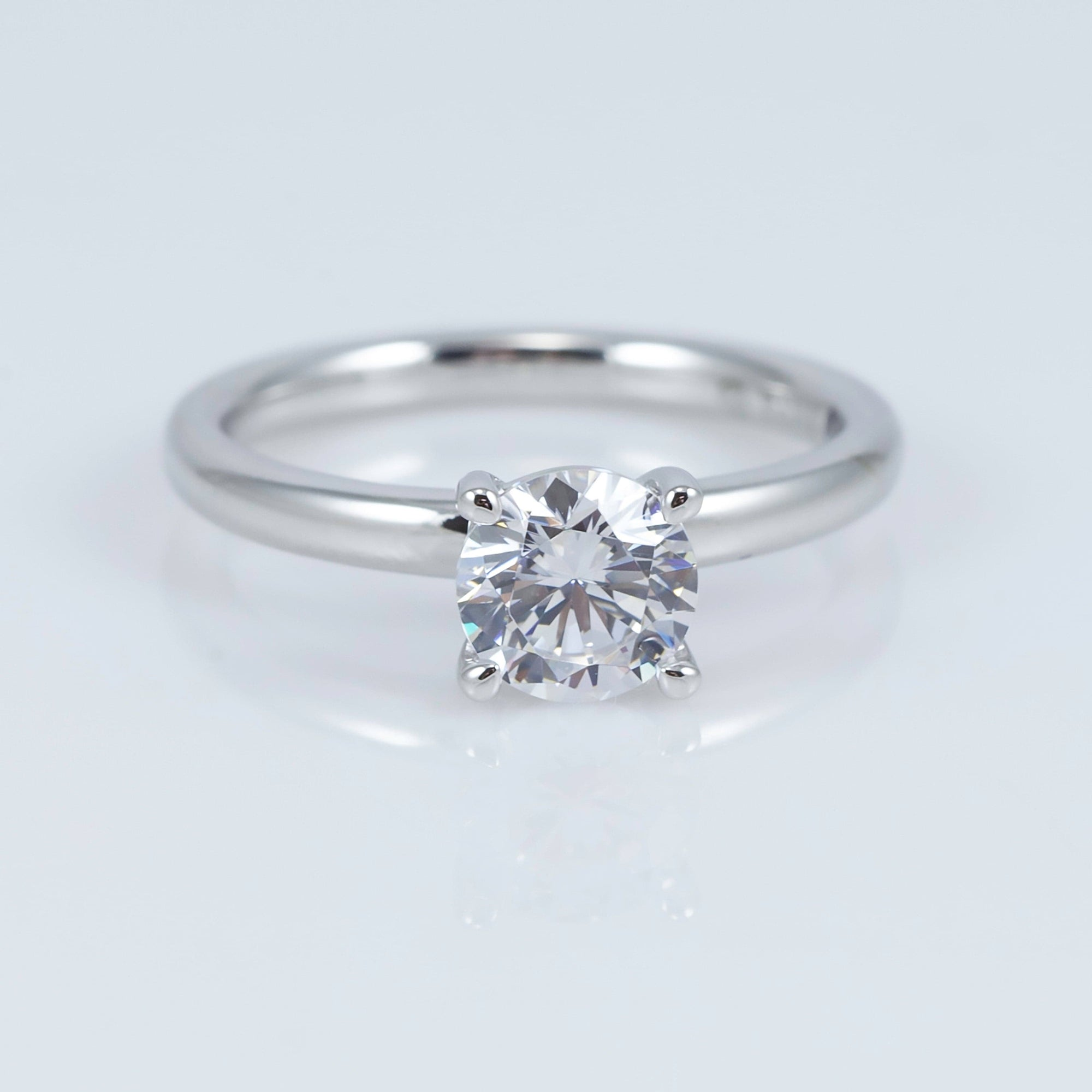 Fana 14K White Gold Solitaire Mounting (Setting Only)