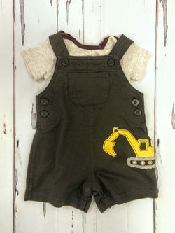 Carter's 2pc overalls w/ onesie outfit - 9mos