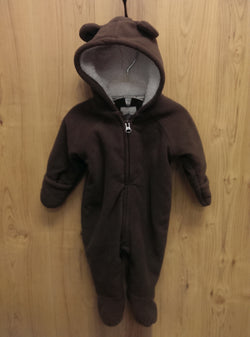 Old Navy brown bear bunting - 0/3mos