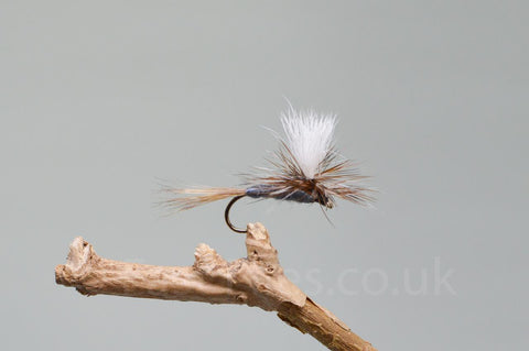 Parachute Adams x 3 - Fast Flies top trout flies