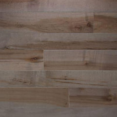 Character Plank Maple Onyx