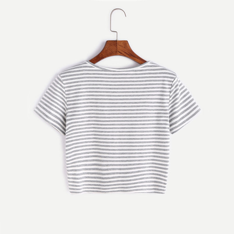 Contrast Striped Round Neck Short Sleeve Crop T-shirt With Buttons
