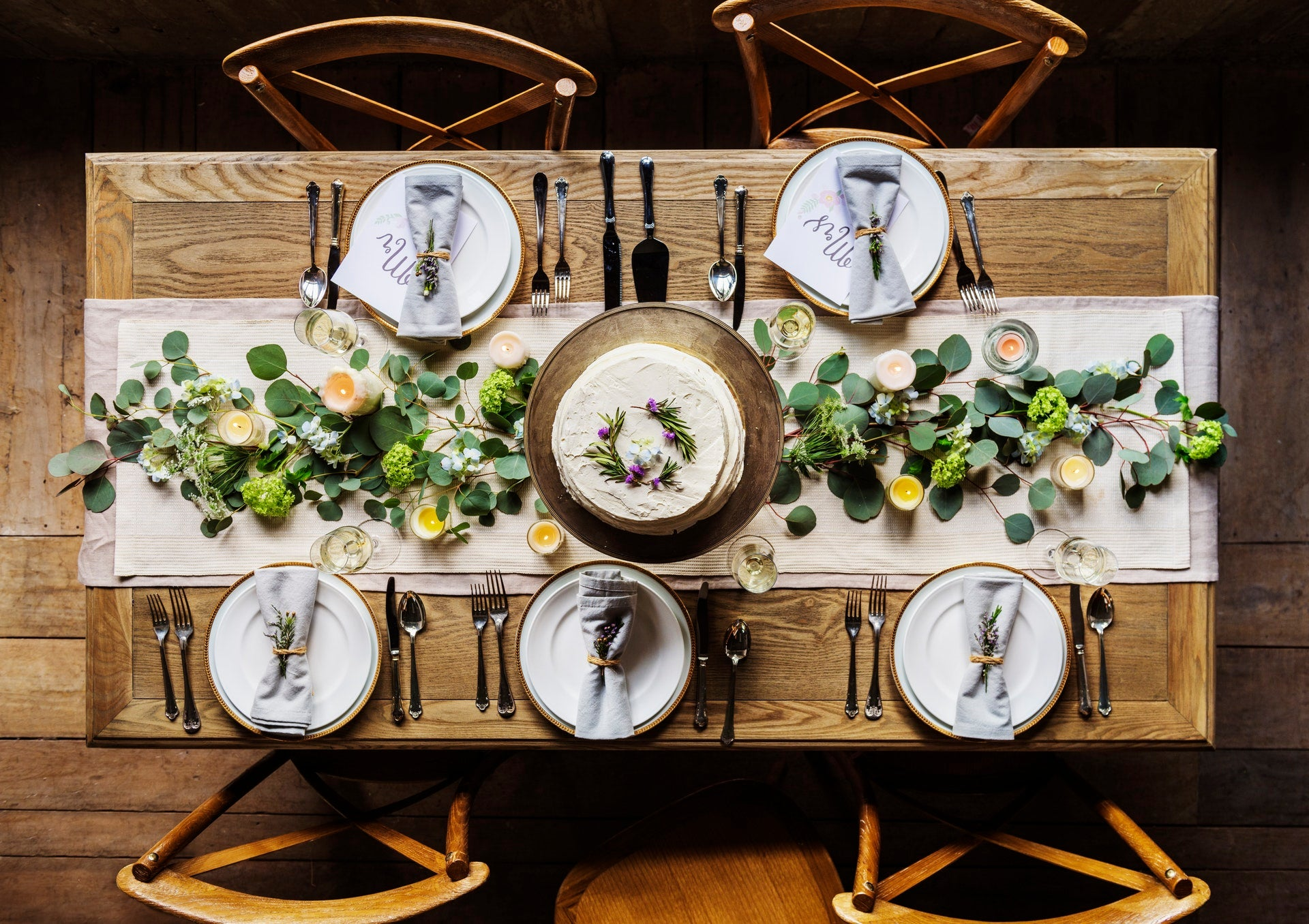 Table setting in zero waste fashion