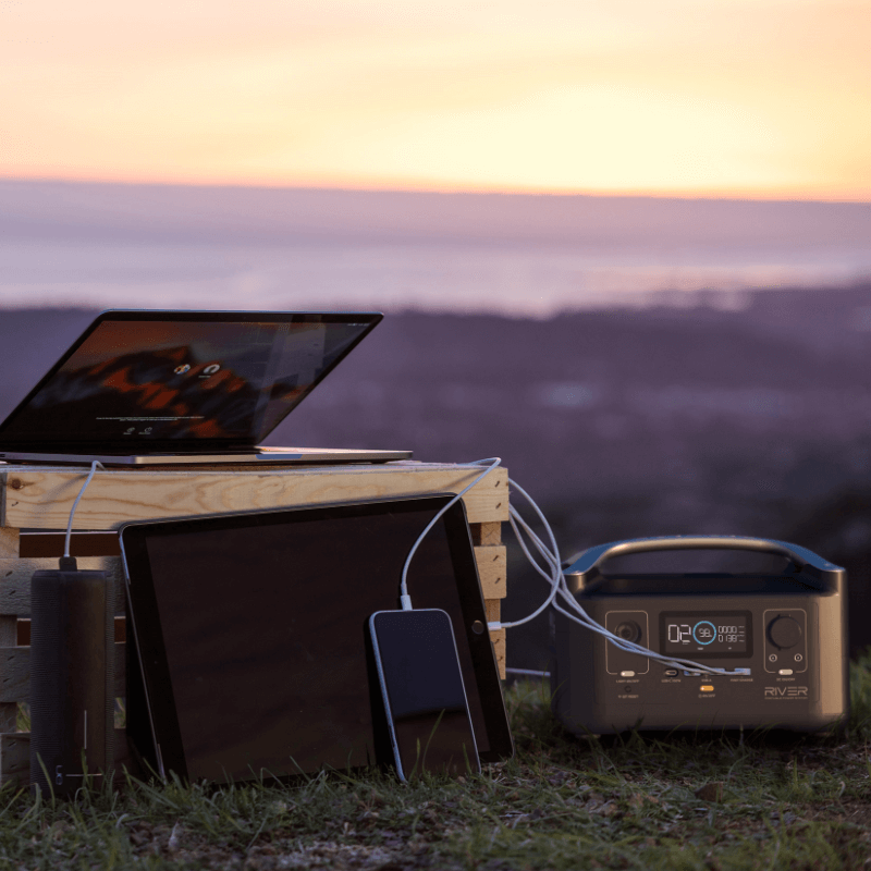 RIVER 600 Portable Power Station