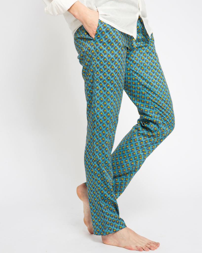 TAKAUNGO PANTS IN BLUE