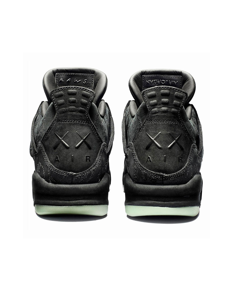 super popular 8e996 906e9 Nike Jordan 4 Retro x Kaws Black