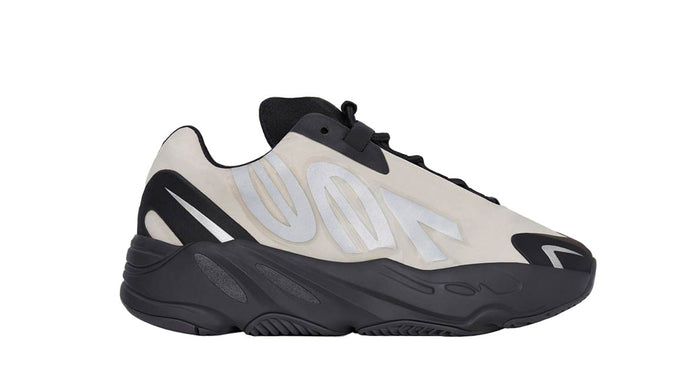 Yeezy 700 MNVN 'Bone' (Kids)