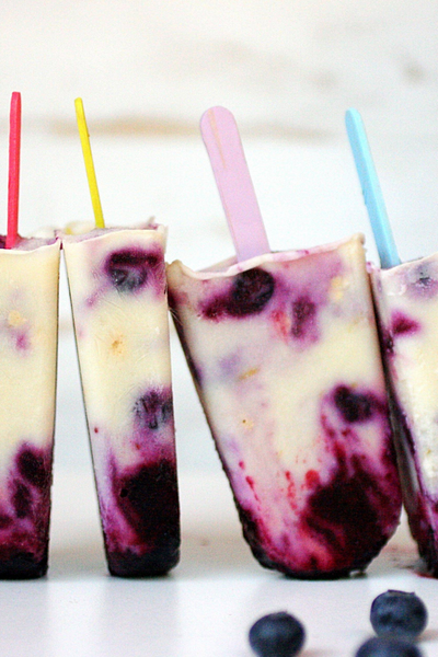 gluten-free-blueberry-cheesecake-popsicles